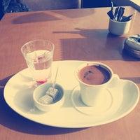 6/3/2014 tarihinde KuBiLáy Hásàn N.ziyaretçi tarafından Bouffe Cafe Restaurant'de çekilen fotoğraf