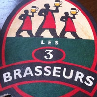 Photo taken at Les 3 Brasseurs by Denis R. on 4/12/2013