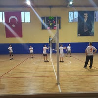 Photo taken at Corlu Kapali Spor Salonu by ÖzGe K. on 3/23/2018