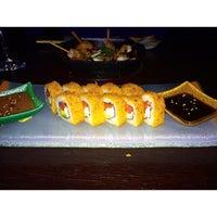 Photo taken at Paru Inkas Sushi & Grill by Maca P. on 9/11/2014