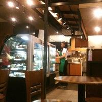 3/26/2012 tarihinde Mustafa İ.ziyaretçi tarafından Starbucks'de çekilen fotoğraf