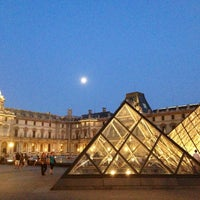 Photo taken at The Louvre by Hanol on 7/20/2013