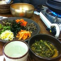 Photo taken at 청국장과 보리밥 by cynthia S. on 11/24/2012