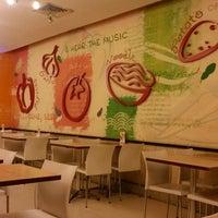 Photo taken at Qua-Li Noodle & Rice by Akhmad S. on 5/18/2014