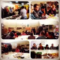 Photo taken at Projeto Tear oficinas de trabalho, terapia e arte by Natália T. on 5/27/2014