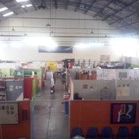 Photo taken at Projeto Tear oficinas de trabalho, terapia e arte by Natália T. on 5/20/2014