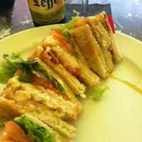 Das Foto wurde bei Baader Café von Hektar H. am 10/31/2014 aufgenommen