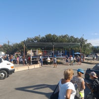 Photo taken at Автовокзал «Кирилівка» by Tykhon on 8/28/2016