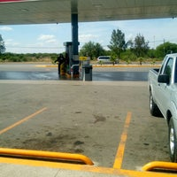 Photo taken at Gasolinera Cualli Carretera 57 by Analucia C. on 5/31/2017