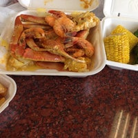 Photo taken at Cameron's Seafood Market by Henrock on 6/22/2014