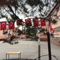 Photo taken at Ankara Anadolu Lisesi by evren k. on 5/31/2015