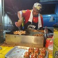 Photo taken at Pasar Malam Taman Bukit Anggerik by Shiro on 5/31/2014