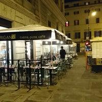 Foto scattata a Origano Campo de' Fiori - Cucina, Pizza, Caffè da yakei il 5/5/2016