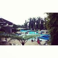 Photo taken at Klub Bunga Butik & Resort by Kevin A. on 10/29/2014