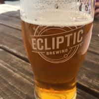 Foto tomada en Ecliptic Brewing por Ian M. el 8/23/2017