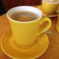 Das Foto wurde bei Yellow Cup Cafe von Anna I. am 3/6/2014 aufgenommen