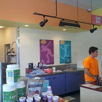 Photo taken at Smoothie King by Kenneth M. on 9/25/2012