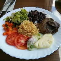 Photo taken at Sabor De Casa Restaurante by Sharliel A. on 7/5/2014