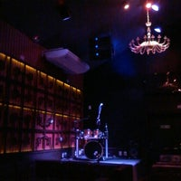 Photo taken at Queens Lounge Bar by Alex F. on 5/3/2014