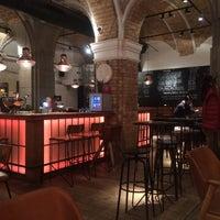 10/26/2014 tarihinde Vasilis S.ziyaretçi tarafından innio restaurant and bar'de çekilen fotoğraf