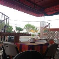 Photo taken at Jugos y licuados Villas by Rano C. on 6/18/2013