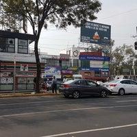 Photo prise au Plaza Manzana par Héctor I. F. le10/30/2017