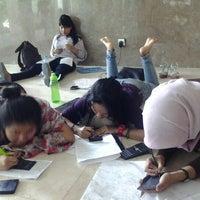 Photo taken at Universitas Al Azhar Indonesia by bey n. on 2/1/2013