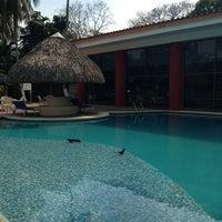 Das Foto wurde bei Hotel Quality Inn Cencali von Xose F. am 3/20/2013 aufgenommen