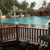 Photo taken at Q House Laddalom Swimming Pool by Alice _. on 5/17/2017