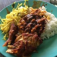 Photo taken at Restoran Raihan Nasi Kandar by Zehan E. on 3/8/2017