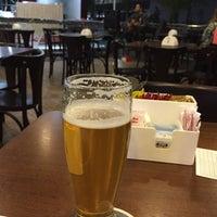 Foto tirada no(a) Krug Bier por Ricardo R. em 12/3/2014