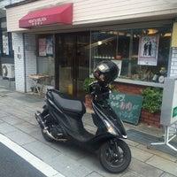 Photo taken at 新地通商店街 by OZMA on 10/10/2015