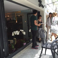 Photo prise au MEG Cafe par Hakan Aykut le6/18/2015
