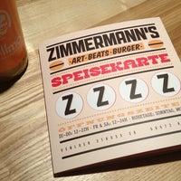 Das Foto wurde bei Zimmermann's - Art, Beats, Burger von Lda C. am 3/15/2013 aufgenommen