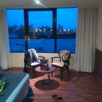 Foto tomada en Puerto Amarras Hotel & Suites por Cecilia G. el 9/9/2015