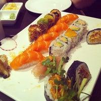 Foto tomada en Otoro Sushi por Andrew C. el 10/21/2012