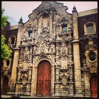 Foto tomada en Biblioteca Miguel Lerdo de Tejada por Victor A. el 4/23/2013