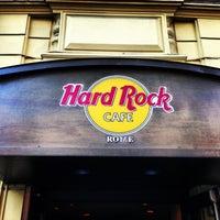 Photo taken at Hard Rock Cafe by Yxo H. on 4/17/2013