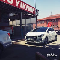 Photo taken at Eser Oto Yıkama by Sinan H. on 6/20/2016