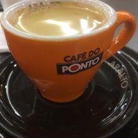 Foto tirada no(a) Café do Ponto por Paulo L. em 2/8/2015