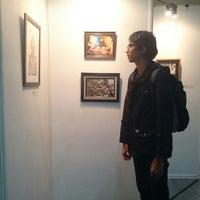Photo taken at Pusat Studi Jepang by Lingga Imanda F. on 8/16/2016