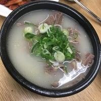 Photo taken at 이남장 by kanakooo on 10/20/2017