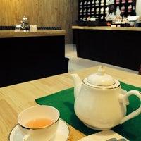 Photo taken at Tea World by Borkhul T. on 6/24/2014