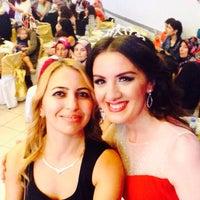 Photo taken at Salon Ezgi by Yasemin Ö. on 9/2/2016
