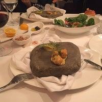 12/31/2015 tarihinde Drsrdrziyaretçi tarafından Caviar Seafood Restaurant'de çekilen fotoğraf