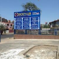 Photo taken at Quick-Lub Cambio de aceite y Autolavado by Harold G. on 7/6/2013