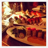 Photo taken at Musashino Sushi Dokoro by Melissa H. on 9/19/2013