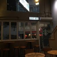 Photo taken at Starbucks 星巴克 by Tony P. on 9/9/2015