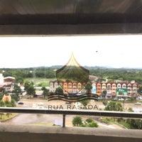 Photo taken at Rua Rasada Hotel by Jetchada S. on 9/22/2017