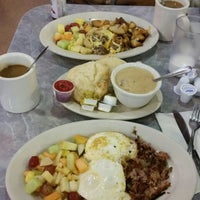 Photo taken at Down Home Diner by Melody d. on 9/26/2014